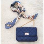✨ Los COMPLEMENTOS le dan un toque especial a cualquier look ✨ A nosotras nos encantan los bolsos y son el accesorio clave para hacer de cualquier conjunto todo un lookazo 🔝  ❌ www.almudenamoda.es ❌